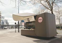 """Kiosque de rue """" Choux d'enfer """" (by Michalak), à Paris XVe, 2014."""