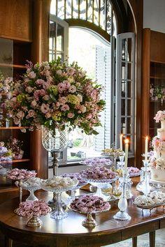 Flower Background Wallpaper, Flower Backgrounds, Wedding Proposals, Wedding Receptions, Unique Weddings, Real Weddings, Flower Decorations, Wedding Decorations, Classic Romantic Wedding