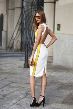 Find Out Where To Get The Dress Sport Chic, Street Style Chic, Looks Street Style, Bare Back Dress, Dress Backs, Fashion Beauty, Fashion Looks, Womens Fashion, Glamour
