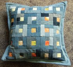 pillow to make Patchwork Cushion, Quilted Pillow, Tie Quilt, Patch Quilt, Quilting Projects, Sewing Projects, Sewing Crafts, Blue Jean Quilts, Denim Quilts