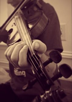 fiddler's hand position