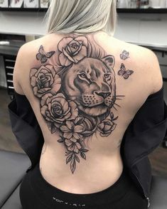 31 Tattoos Design for Women - Page 24 of 28 - Tattoo Designs Drawing Hand, Rose Drawing Tattoo, Flower Tattoo Drawings, Black Girls With Tattoos, Black Tattoos, Girl Tattoos, Lion Tattoo Design, Floral Tattoo Design, Tattoo Designs For Women