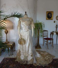 WERT Abendkleid Haus von Wert viktorianischen von MadameFlorence