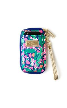 "Lilly Pulitzer ""True Blue Loves Me"" print wristlet. lillypulitzer.com $38 (ASKED AUNT KATHY)"