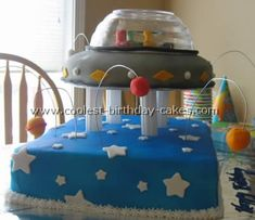 Take a look at the coolest homemade spaceship cake photos. You'll also find the most amazing photo gallery of homemade birthday cakes, how-to tips and lots of original birthday ideas