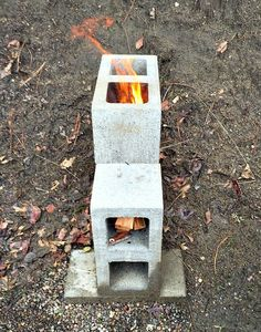 Build a rocket stove for an easy to use, clean burning cooking device. Here's how to build a concrete block rocket stove. Diy Rocket Stove, Build A Rocket, Rocket Mass Heater, Rocket Stoves, Jardin Decor, Outdoor Stove, Cooking Stove, Cooking Beets, Cooking Rice