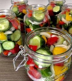 Koreczki z ogórków w zalewie - przetwory na zimę - Blog z apetytem Fruit Salad, Preserves, Pickles, Cucumber, Mason Jars, Salads, Food And Drink, Canning, Vegetables