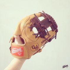 #Gloveworks x Alexader : Build your custom glove at gloveworks.net #Baseball #Baseboll #Gloveworks #CustomGlove