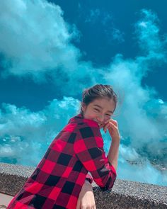 Donny Pangilinan Wallpaper, Blackpink Jennie, Girl Photography, Asian Beauty, Clouds, Instagram, Room Decor, Memes, Anime