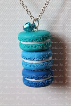 Trio de macarons bleus