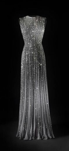The night sky erupted on this gown!