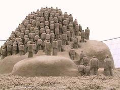 """(sculpture by Edith Van de Watering """"Nederland"""")"""