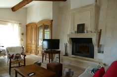 #Mas #Provence #Immobilier #RealEstate #Alpilles #SouthOfFrance #Uniqueestate #Agence #immobilière #RealEstateAgency #Fireplace #Chimney