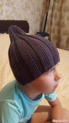 """Связалась вот такая шапочка для сынишки на теплую осень. Ниточки Пехорка """"Детский каприз"""", спицы 3,5 см, цвет графит, расход менее 1 моточка. Возраст 5 лет. Crochet Gloves, Crochet Jacket, Knitted Hats, Crochet Shrug Pattern Free, Crochet Patterns Amigurumi, Crochet For Kids, Crochet Baby, Crochet Squares Afghan, Crochet Crafts"""