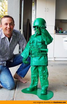 Disfraz del año para niño: soldadito de juguete.