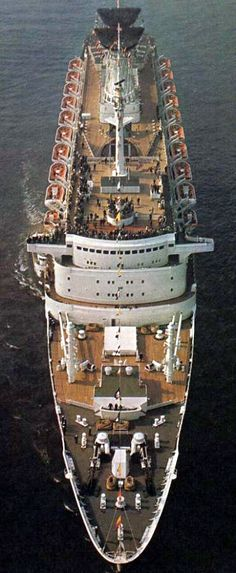 Nipped view of the Michelangelo, consort flagship of The Italian Line. Image via Richard Schager.