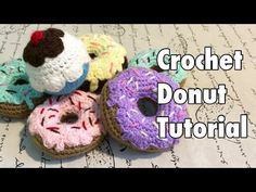 Mini tutorial 9: Cupcakes miniatura tejidos a crochet / English subtitles: crochet mini cupcakes - YouTube