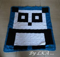 "Pixel crochet plaid ""Panda"" by leskreadaurel"