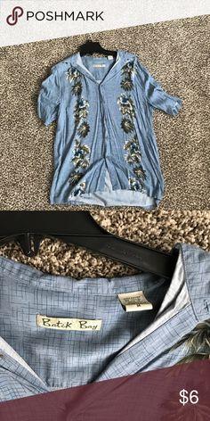 Baytek bay size medium Hawaiian shirt Baytek bay size medium Hawaiian shirt baytek bay Shirts Casual Button Down Shirts