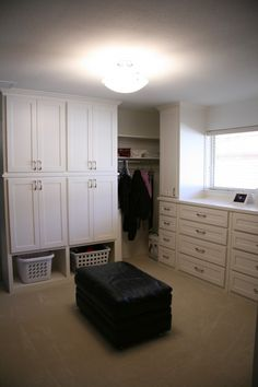 Love the place for laundry baskets somewhat hidden and out of the way