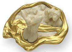 Bathers brooch. Rene Lalique (1860-1945). Circa 1900. Gold, enamel.