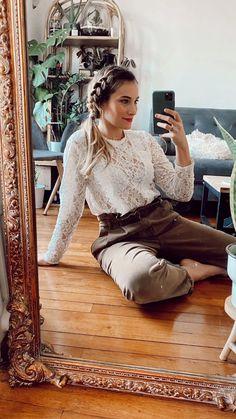 Simple à réaliser pour un habiller vos looks : une couronne de tresses.   + de tuto sur mon compte instagram @tiboudnez Beauty Tips, Beauty Hacks, Hair Beauty, Lolo, Hair Styles, Fun, Hair, Best Hairstyles, Simple Hairstyles