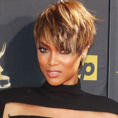 Tyra Banks is rocking a new pixie cut!
