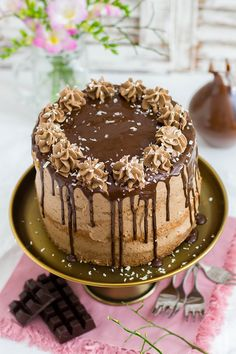 Omas Schokotorte_Main Tart Recipes, Sweet Recipes, Cake Photography, No Bake Cake, Amazing Cakes, Fudge, Food And Drink, Birthday Cake, Sweets