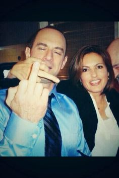 are olivia and elliot dating on svu Who is mariska hargitay dating law & order: special victims unit and their real life partners olivia crane 17 дней назад bowden the 2nd pic they said was michelle hurd is isabelle gilles who played elliot's wife kathy stabler.