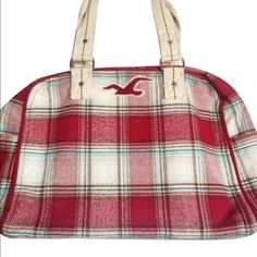 """HCO Plaid Overnight Bag Gently used plaid/flannel overnight bag with zipper closure. Two side pockets & one pocket inside. Straps 9"""" W16"""" H12"""" D7.5"""" no damage. NO TRADES!  ⚡️FINAL PRICE⚡️ Hollister Bags Travel Bags"""