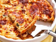 Broileripiirakka Vegan Desserts, Vegan Recipes, Cooking Recipes, Diet Recipes, Finnish Recipes, Vegan Gains, Savory Pastry, Good Food, Yummy Food