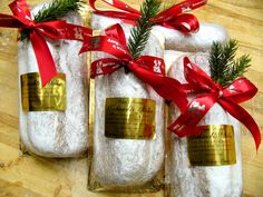 Weilnachts Stollen German Christmas Food, Christmas In Germany, Christmas Baking, Christmas Recipes, German Stollen, German Bakery, Sweet Bread, Rolls, Gift Wrapping