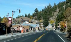 The town of Hangman's Loss is very loosely modeled on Mammoth Lakes, California.