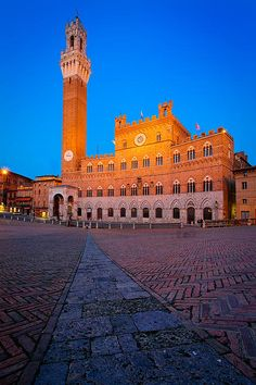 Torre Del Mangia by Inge Johnsson - Torre Del Mangia Photograph - Torre Del Mangia Fine Art Prints and Posters for Sale