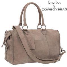 Yeah! Hij komt er aan! Nieuwe verzorginstas van Koeka. Ontworpen in samenwerking met Cowboysbag. Half november beschikbaar! Je kunt hem al bestellen in onze webshop:-)) www.jutenjuul.nl