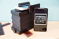 Smartphone film scanner transfers negatives to mobile: Connect