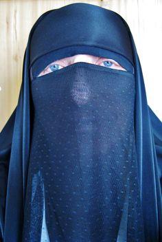veiled, hijab, niqab