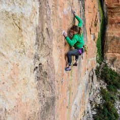 www.boulderingonline.pl Rock climbing and bouldering pictures and news When I think back t