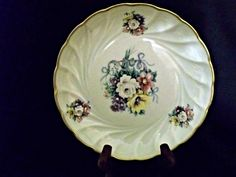 This is a beautiful Limoges, France porcelain dish from the early from Haviland & Co. Antique Collectors, Antique Stores, Sell Items, Catering, Porcelain, France, Dishes, Tableware, Beautiful