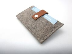 Wallet -credit card case- Retro design - grey wool felt leather  eco friendly handmade for men and women. Excellent Gift idea