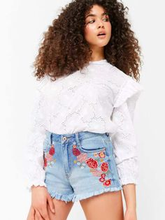 Get them from Forever 21 for $22.90 (available in sizes 24-31).