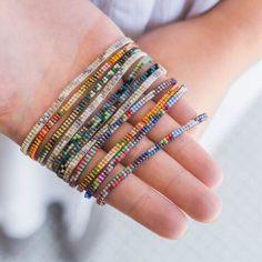 Bead Loom Patterns, Beaded Jewelry Patterns, Bracelet Patterns, Beading Patterns, Beading Ideas, Beading Supplies, Bracelet Designs, Jewelry Crafts, Beaded Bracelets