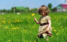 The brilliant spring sweet girl photography wallpaper 3 wallpapers