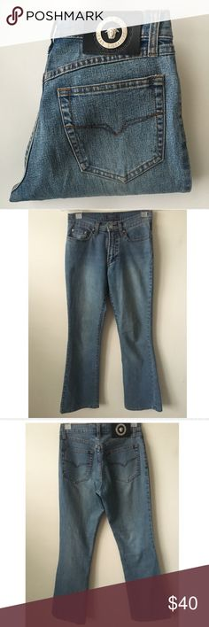 5a925383a22 🚨SALE🚨 Vintage Versace Jeans Vintage Versace Signature Jeans. Made in  Italy. Very good quality. Hard to let go of this classic piece.