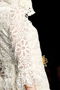 Anna Sui Fall 2013 - Details  | The House of Beccaria