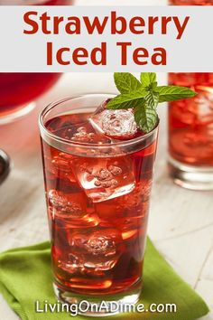 Strawberry Iced Tea Recipe - 13 Homemade Flavored Tea Recipes Homemade iced tea is a refreshing drink, especially on hot summer days! These homemade flavored tea recipes give you a lot of variety for tasty variations! Refreshing Drinks, Summer Drinks, Fun Drinks, Beverages, Cold Drinks, Ice Tea Drinks, Mixed Drinks, Sweet Tea Recipes, Iced Tea Recipes