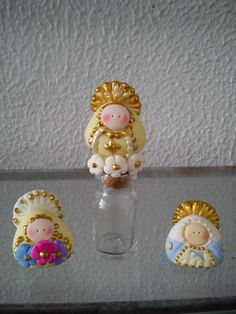 virgenes masa flexible Christmas Crafts, Christmas Ornaments, Holy Mary, Pasta Flexible, Polymer Clay Projects, Cold Porcelain, Religious Art, God Is Good, Clay Art