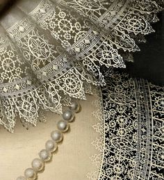 Portrait of A Woman by William Larkin - Click to enlarge - Beautiful Lace