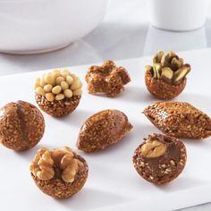 Mignardise sésame pistache Sweet Recipes, Dog Food Recipes, Cake Recipes, Cupcakes, Gelato, Nutella, Fruit Sushi, Patisserie Fine, Oreo