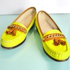 Step-by-Step photos show you how to upcycle thrifted shoes into trendy neon loafers! (via Upstairs Circus)